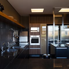 Kitchen by Beth Nejm, Country
