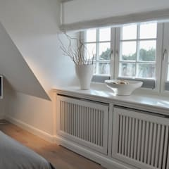 Dormitorios de estilo rural de SALLIER WOHNEN HAMBURG Rural