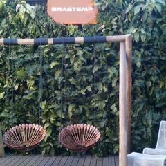Salones de eventos de estilo  por Quadro Vivo Urban Garden Roof & Vertical