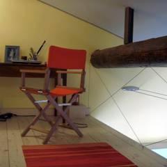 CASA MARINA: Studio in stile  di Antonella Liguori Architetto