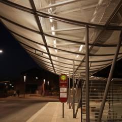 Lichtplanung für den Busbahnhof in Haldensleben:  Messe Design von SSP SCHMITZ SCHIMINSKI Parter GbR - Planung für Raum - Licht - Design