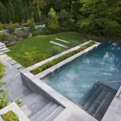 Garten Gestaltung:  Pool von Paul Marie Creation
