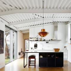 Kitchen by miba architects