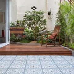 Raquel Junqueira Arquitetura Modern Balkon, Veranda & Teras
