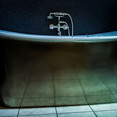 Ashton and Bentley Sovereign Bathroom Centre BathroomBathtubs & showers
