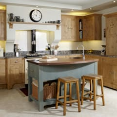 Pippy oak island kitchen Cocinas rurales de Churchwood Design Rural Madera Acabado en madera