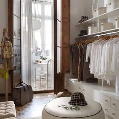 Closets de estilo  por Deu i Deu