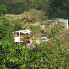 LAUTE house - view from next hill: Maisons de style  par STUDY CASE sas d'Architecture