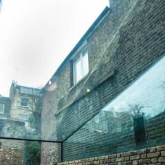 Chepstow Place, London:  Conservatory by Maxlight