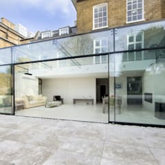 Barnes, London; Culmax Glass Box Extension and Maxlight Doors: minimalistic Conservatory by Maxlight