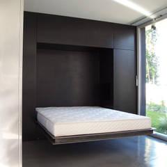 lit: Chambre de style  par Emmanuelle Weiss Architecte