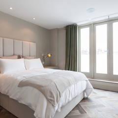 Lonsdale Road, London W11:  Bedroom by Studio Duggan, Modern