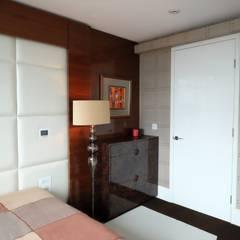 Bedroom by Keir Townsend Ltd., Modern