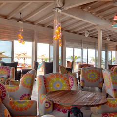 Ganvie Beach Club:  Bars & Clubs von CHristian Bogner GmbH Living Art