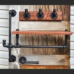 Вешалки для одежды из водопроводных труб:  в . Автор – Home Loft Studio, Лофт