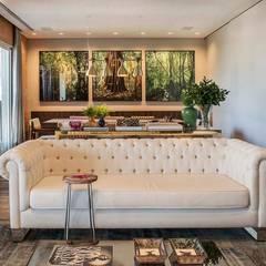 Apartamento Cidade Jardim : Salas de estar  por Triplex Arquitetura