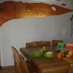 Comedor en Interior: Comedores de estilo mediterraneo por Cenquizqui