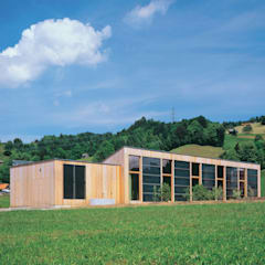 Solarhaus III in Ebnat-Kappel CH, 2000:  Häuser von Dietrich Schwarz Architekten AG