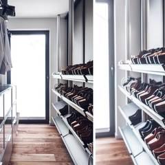 eclectic Dressing room by Studio Potorska