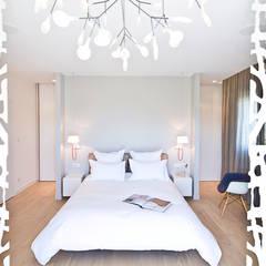 Appartement carte blanche: Chambre de style de style Moderne par Anne-Maud & Natacha