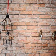Mieszkanie Wilanów: styl , w kategorii Ściany zaprojektowany przez Devangari Design