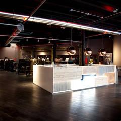 Lighting - Audace Palestre - Milano: Palestra in stile  di Romano Baratta Lighting Studio