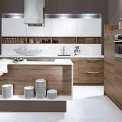 Küchendesign, Küchenplanung, Küchenbau: skandinavische Küche von DESIGNWERK Christl