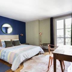 Dormitorios de estilo  por Espaces à Rêver