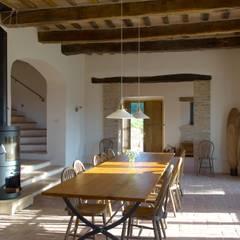 mediterranean Dining room by v. Bismarck Architekt