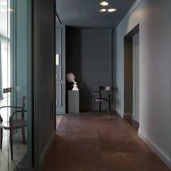 Corridor & hallway by Studio Andrea Castrignano,