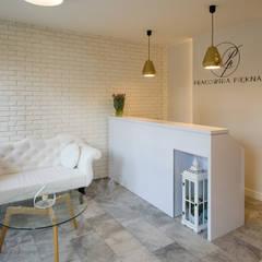 Gabinet Kosmetyczny Pracownia Piekna: styl , w kategorii Spa zaprojektowany przez Pracownia Architektury Wnętrz Hanny hildebrandt