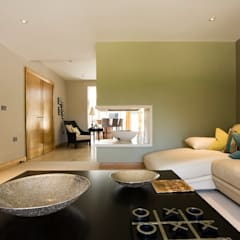 Robin Hill, Private House:  Living room by Wildblood Macdonald
