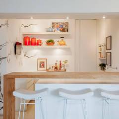 Cozinha Gourmet: Cozinhas  por Helô Marques Associados