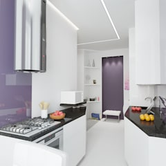 2-х комнатная квартира в Москве Кухня в скандинавском стиле от Rustem Urazmetov Скандинавский