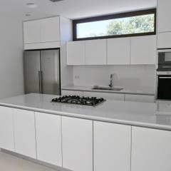 Cocinas en blanco. Una decisión acertada: Cocinas de estilo  de Cocinasconestilo.net
