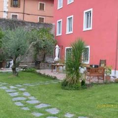 庭院 by Bartolomeo Fiorillo