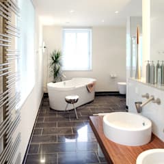 Ausdruck gebauter Ästhetik:  Badezimmer von Haacke Haus GmbH Co. KG