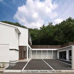 渡り廊下と屋根上デッキの家・外観3: 宮崎豊・MDS建築研究所が手掛けた家です。,モダン