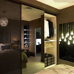 Ultra gloss chocolate bedroom suite:  Bedroom by Urban Myth