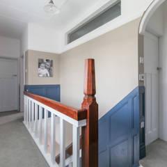 Corridor & hallway by SDA Architecture Ltd,