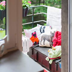 Balkon: styl , w kategorii Balkon zaprojektowany przez Pink Pug Design Interior