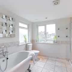Home Staging : Grosvenor :  Bathroom by In:Style Direct