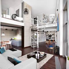 Corridor & hallway by justyna smolec architektura & design, Industrial