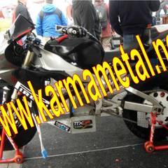 KARMA METAL – KARMA METAL-Motosiklet Parkı Demiri İmalatı Parkları Olçuleri:  tarz Garaj / Hangar