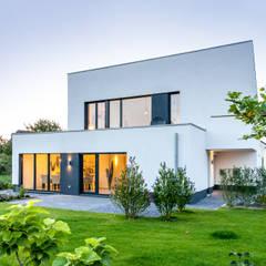 โดย Architektur Jansen มินิมัล