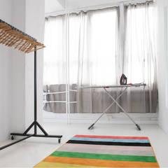 Jasna Sprawa Studio Skandynawska garderoba od Blok projekt Skandynawski