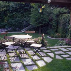 Garden by MASSIMO SEMOLA PROGETTAZIONE GIARDINI MILANO