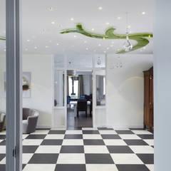 Clinics by Kunst & Licht & Glas