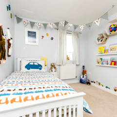 Jaeden's bedroom:  Bedroom by MK Kid Interiors