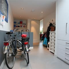 Garage/shed by Motion Gietvloeren, Country